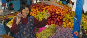 Peru - Fruit Vendor 1000x440